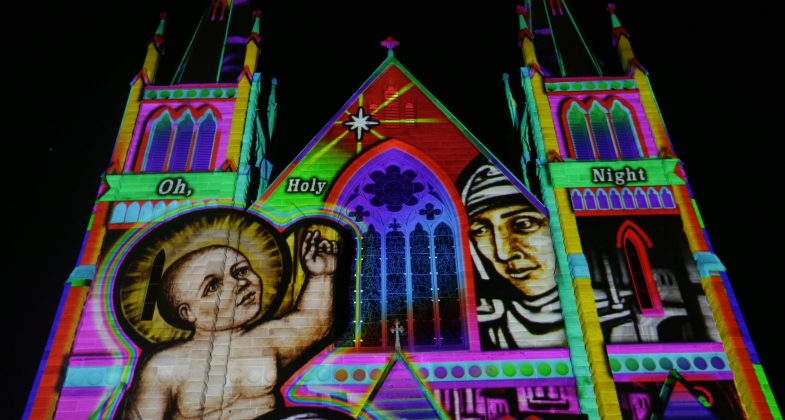Lights Of Christmas.Illuminart Lights Of Christmas St Josephs Cathedral